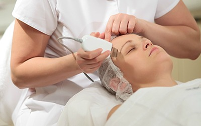 Get Glowing Skin with a Microdermabrasion Facial